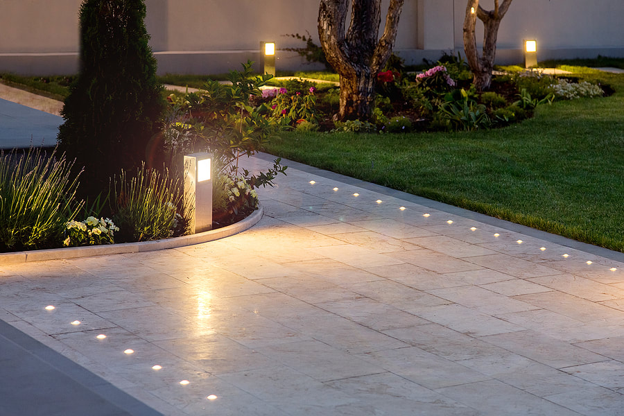 Picture High Voltage Landscape Lighting System in Novi, MI